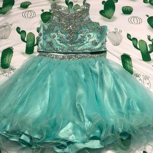 Dresses & Skirts - Homecoming dress